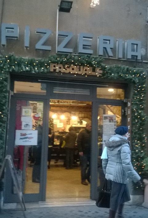 Pizza al taglio Da Pasquale, a via dei Prefetti 34/a